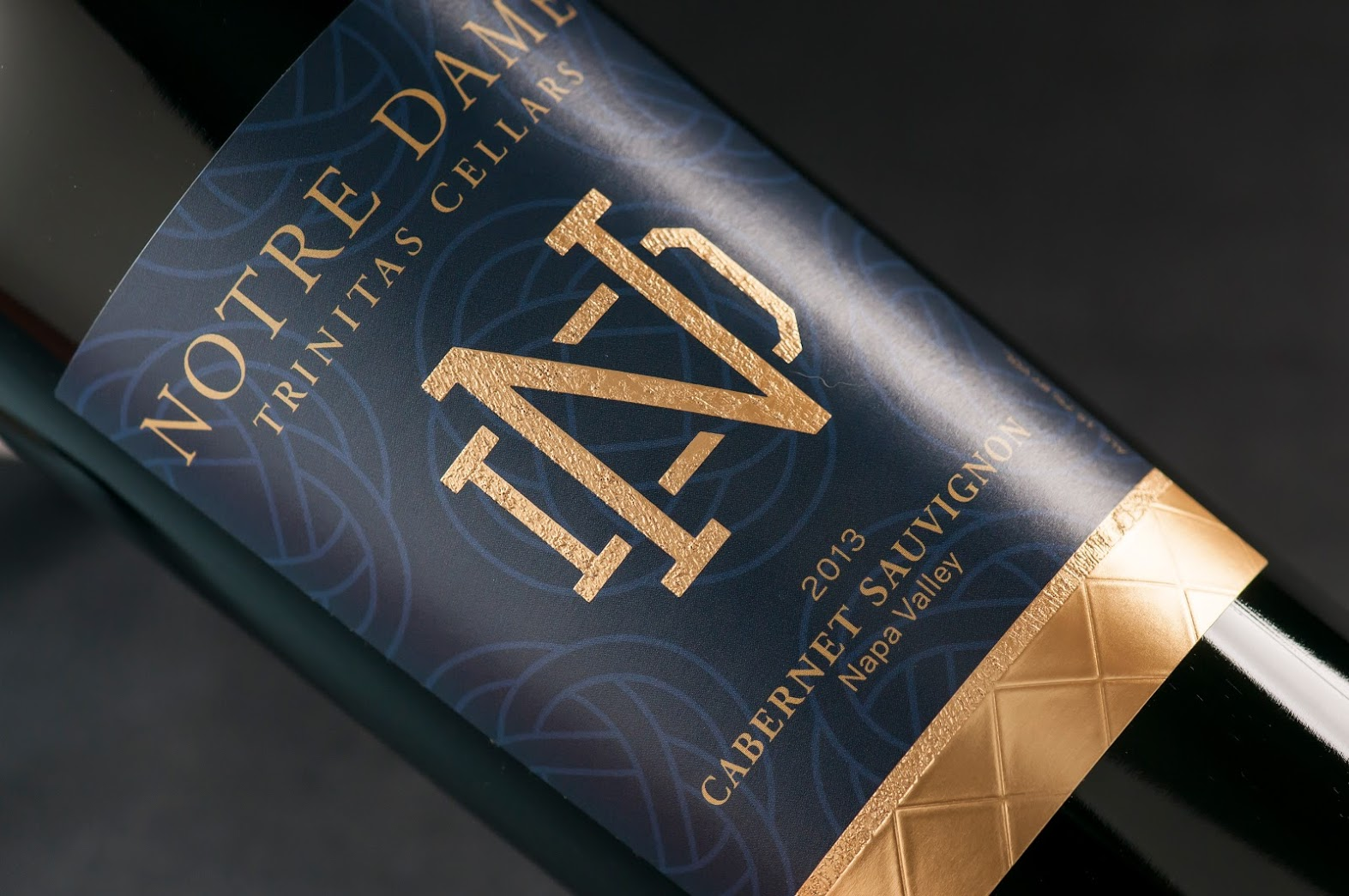 Notre Dame wine label design
